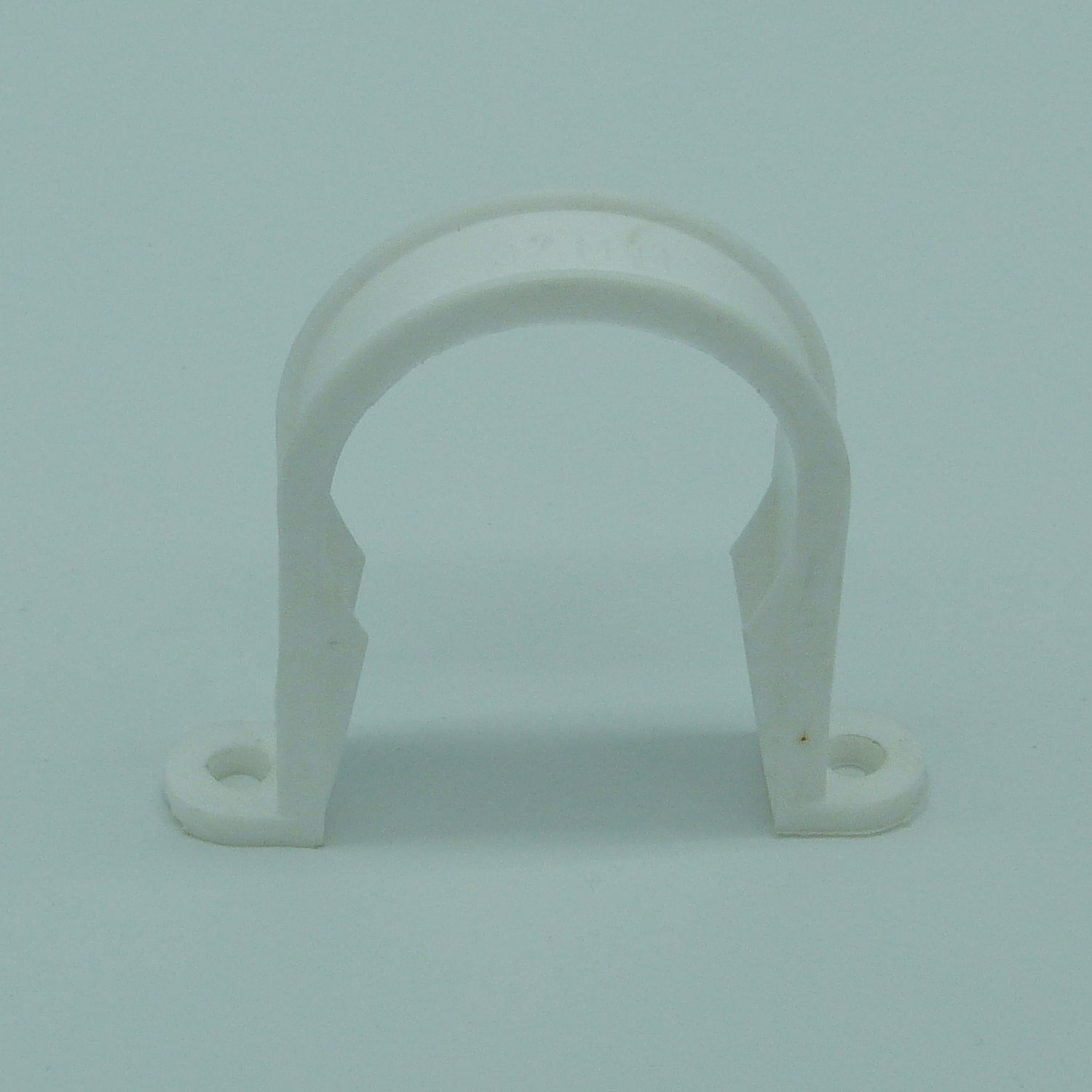 32mm pipe clip white